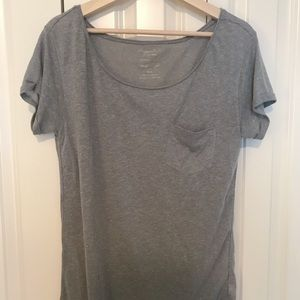 Light grey t shirt